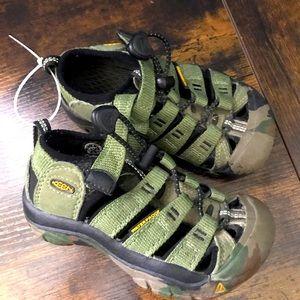 Keen toddler sandals 🐢